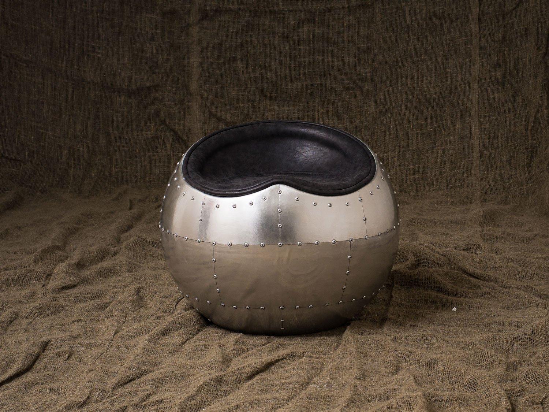 Пуф Seddle Round Aluminum Finish в лофт
