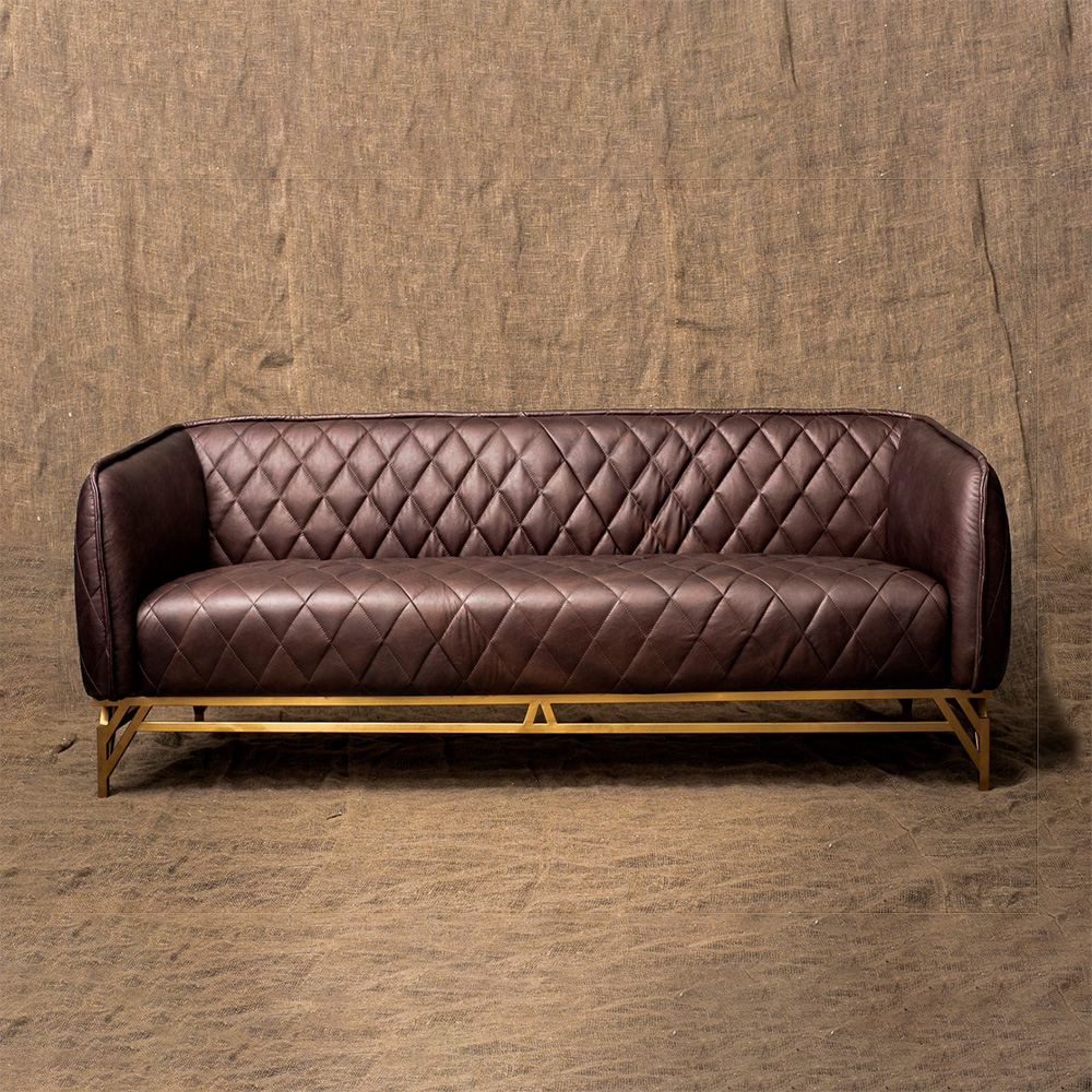 Трехместный диван Diplomat 3 Seater в лофт